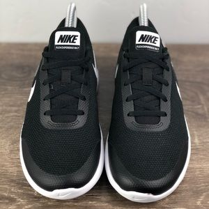 Nike Shoes - NEW Nike Experience RN 7